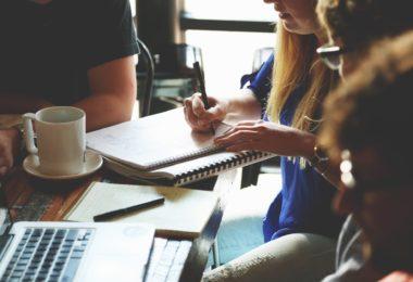 réviser en groupe